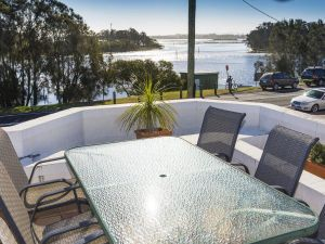 2 The Breckenridge - Accommodation Ballina