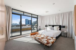 Darling Harbour Penthouse ViewsJacuzzi - Accommodation Ballina