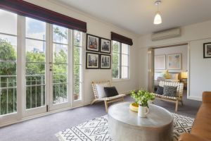 Boutique Stays - Wellington Mews Apartment in East Melbourne - Accommodation Ballina