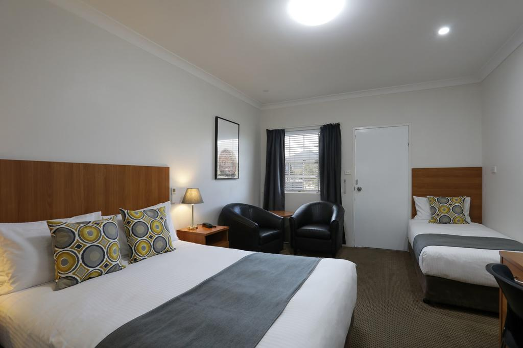 Cadman Motor Inn and Apartments - Accommodation Ballina