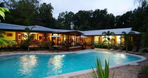 calypso corner. - Accommodation Ballina