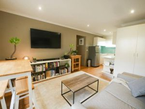 Chic Pet Friendly  500m to the Beach w/ parking - Accommodation Ballina