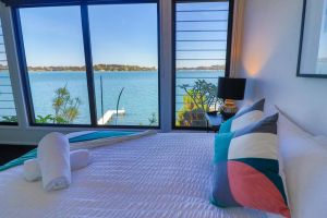 Elysium Lakehouse - Accommodation Ballina