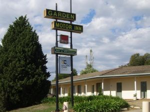 Golden Chain Garden Motor Inn Gundagai - Accommodation Ballina