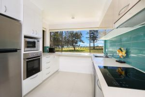 Golden Shores Unit 1 21 Landsborough Parade - Accommodation Ballina