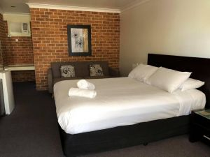 Lake Macquarie Motor Inn - Accommodation Ballina
