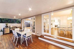 Luxurious Hampton Style 3 Bedroom House - Accommodation Ballina