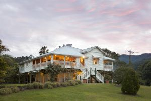 Mavis's Cabins  Mt Warning - Accommodation Ballina