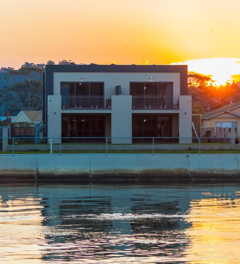 Ulverstone Waterfront Apartments - Accommodation Ballina