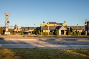 New England Motor Lodge - Accommodation Ballina