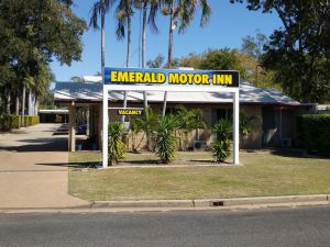 Overflow Emerald Motor Inn - Accommodation Ballina