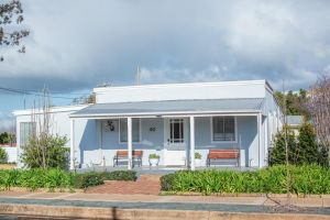 The Rested Guest 3 Bedroom Cottage West Wyalong - Accommodation Ballina