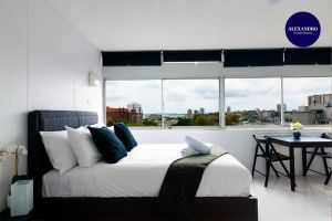 Views To Die For// Studio Rushcutters Bay // Free Parking - Accommodation Ballina