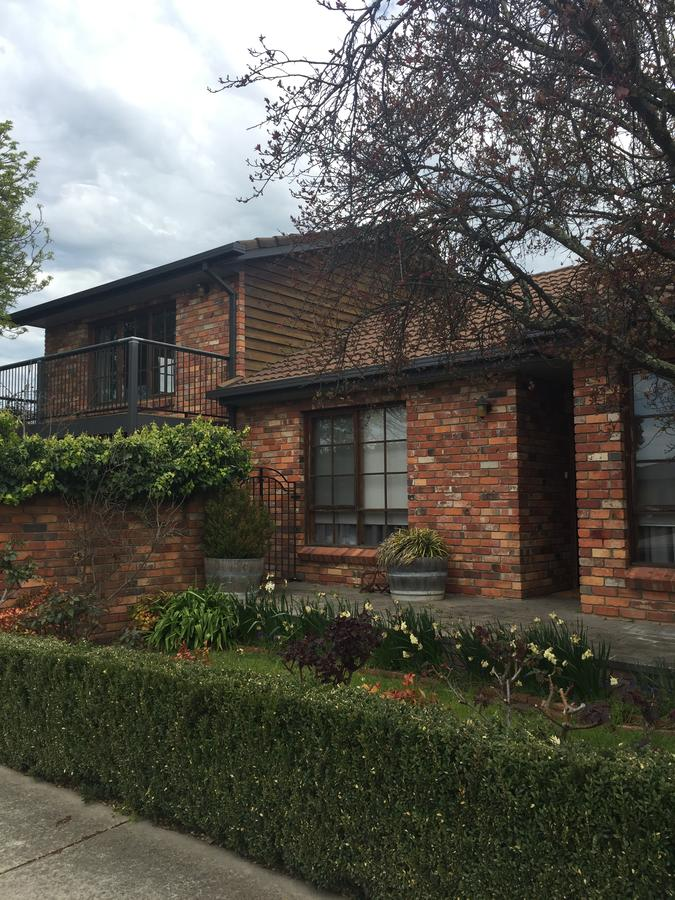 Bricks and Roses - Accommodation Ballina