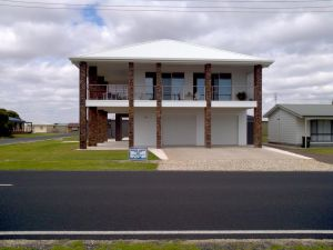 White Caps BB Apartment - Accommodation Ballina