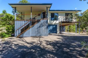 12 Ibis Court - Highset beach house with natural bushland gardens and covered decks - Accommodation Ballina