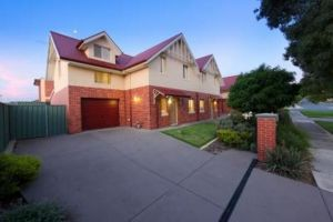 Albury Suites - Schubach Street - Accommodation Ballina