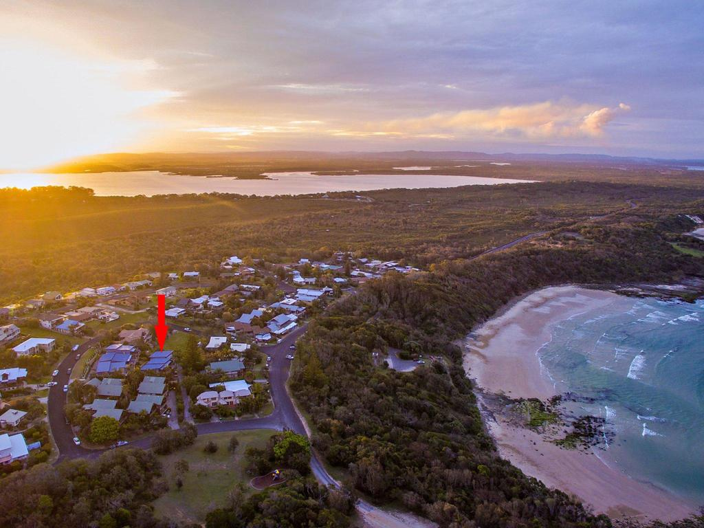 Angourie Blue 7- stroll to surfing beaches. - Accommodation Ballina
