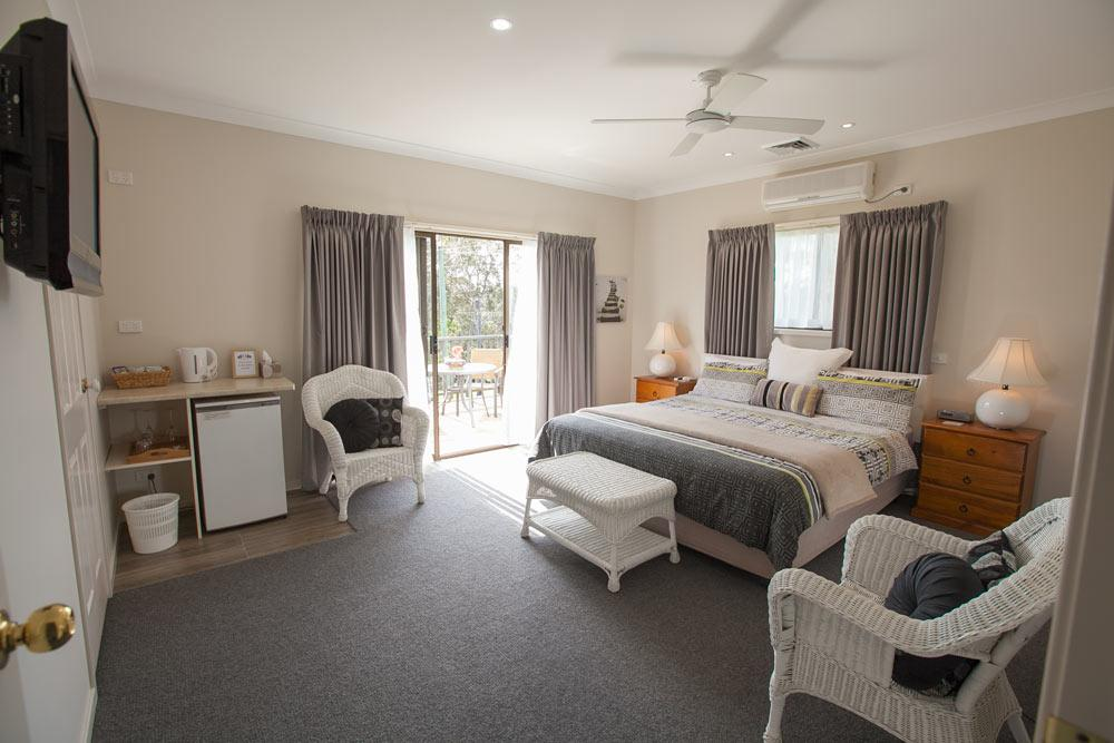 Batemans Bay Manor - Bed and Breakfast - Accommodation Ballina