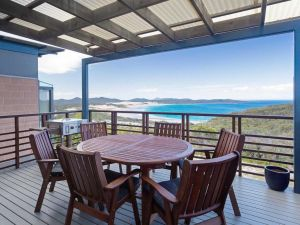 Beach House 7' 26 One Mile Close - air conditioned wifi foxtel linen - Accommodation Ballina