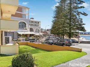 Beachfront Terrigal - 4/24 Terrigal Espl - Accommodation Ballina